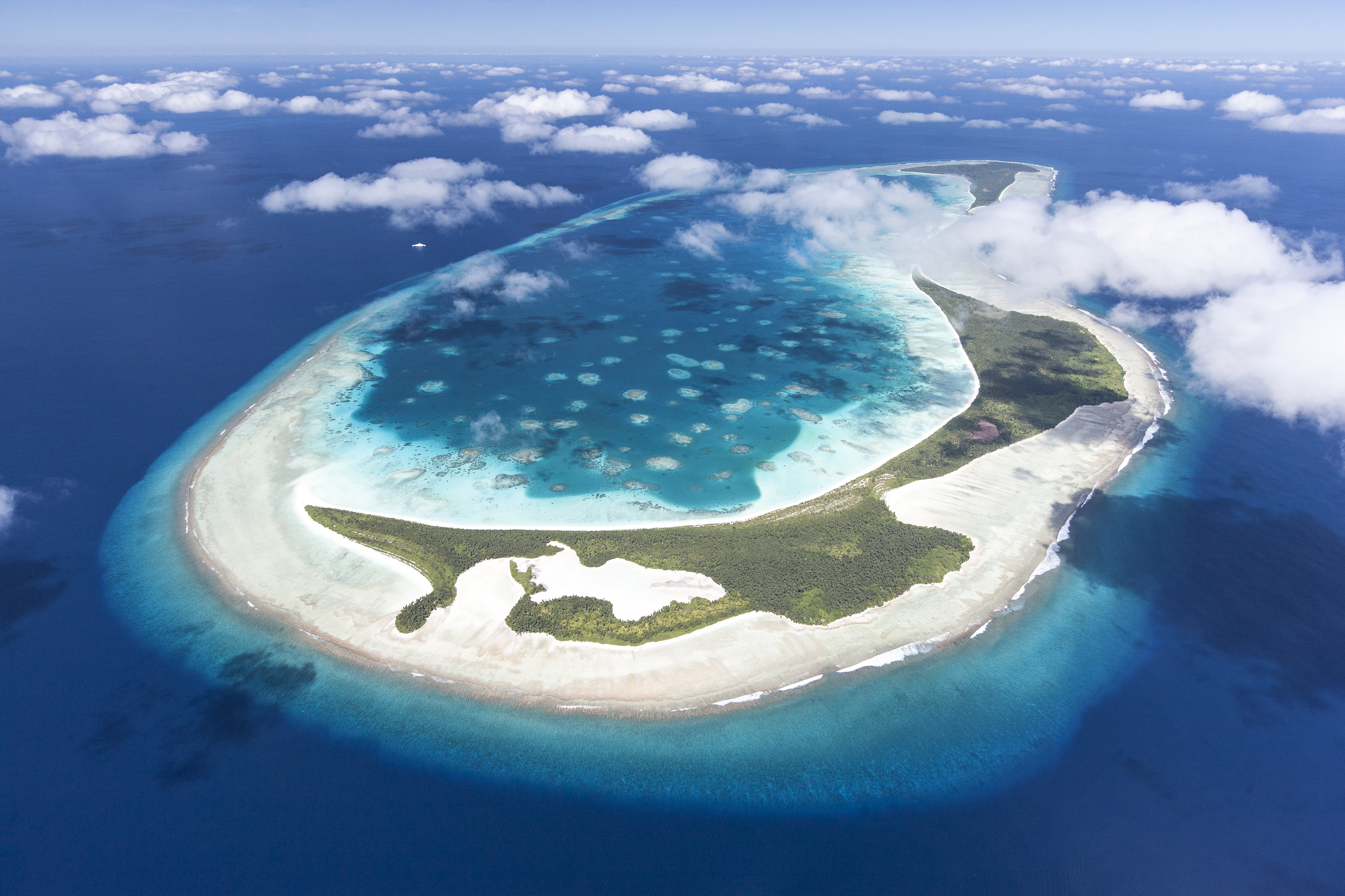 What Is The Largest Island In The Pacific